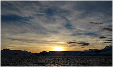 antarctica-sunrise
