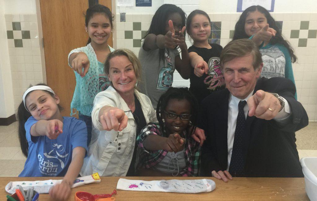 Congressman Don Beyer meets the Girls on the Run