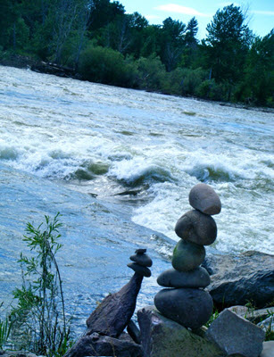 Cairns along the Clark Fork River